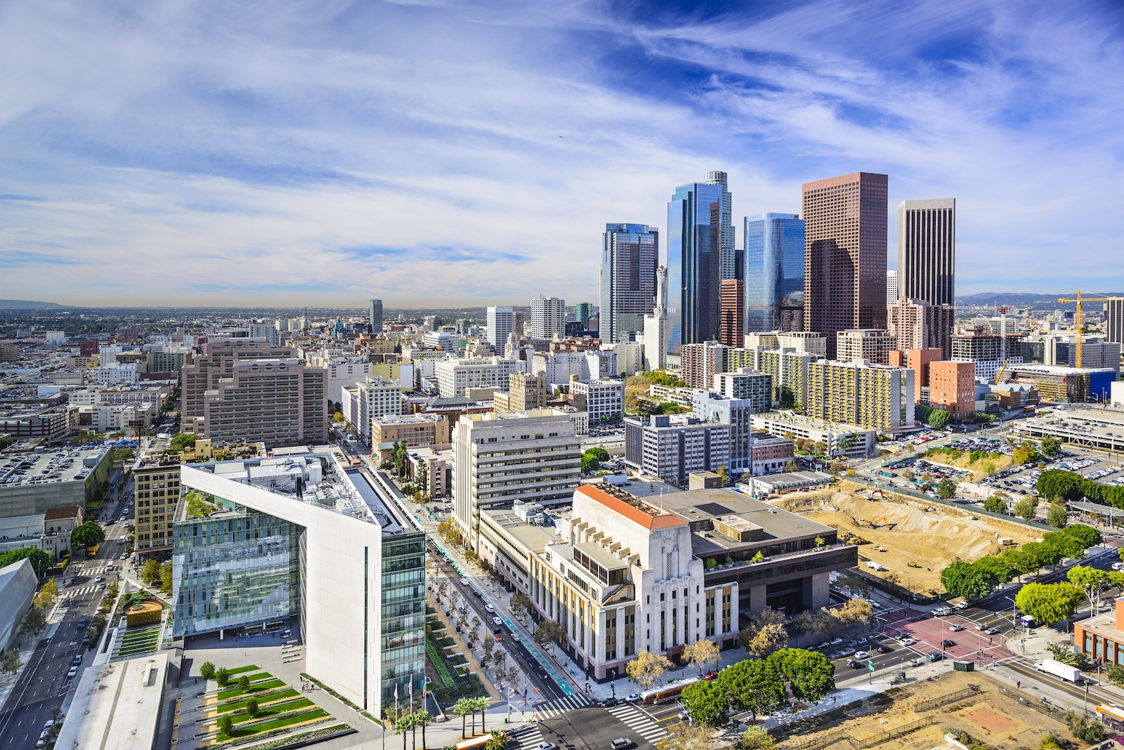 Commercial real estate in Los Angeles - Insignia PMG - Commercial Real Estate Services